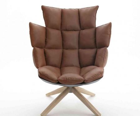 husk-armchair